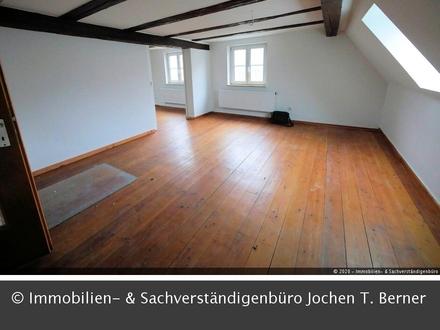 2-3 Zi. DG Wohnung in Maihardt-Hütten