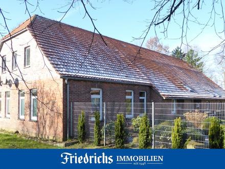 Straßen-/Tiefbau- u. Garten-/ Landschaftsbaubetrieb in Wiefelstede nahe BAB-Ab- u. Zufahrt Neuenkr.