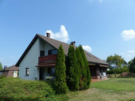 Wunderschönes 1 - 2 Familienhaus in bevorzugter Wohnlage
