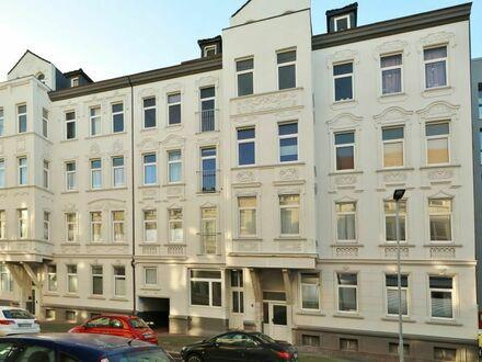 TT bietet an: Großzügige Eigentumswohnung in modernisiertem Gründerzeit-Mehrfamilienhaus!