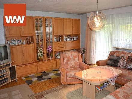 FÜR NATURLIEBHABER! Stets renoviertes Ein- bis Drei-Familienhaus