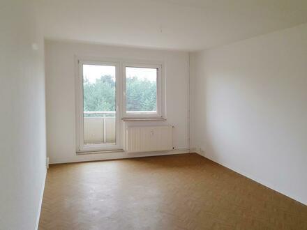 Kleinfamilien aufgepasst! Helle 3-Raum-Wohnung mit Balkon! Jetzt mit Gutschein*