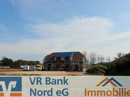 NEUBAU - Moderne Doppelhaushälfte in jungem Baugebiet