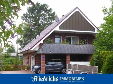 Großzügige Erdgeschosswohnung mit Terrasse und Carport in Bad Zwischenahn - zentrumsnahe Wohnlage