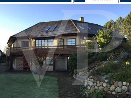 Einfamilienhaus mit zwei zusätzlichen Wohneinheiten und traumhaften Wasserblick auf die Schlei