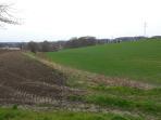 Grundstück zwischen Gewerbe und Siedlungslage - noch kein Bauland