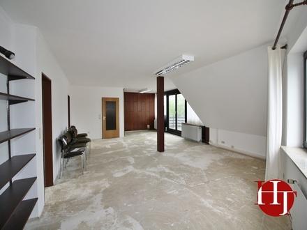Provisionsfrei - modern geschnittene Büroeinheit in zentraler Lage von Brinkum!