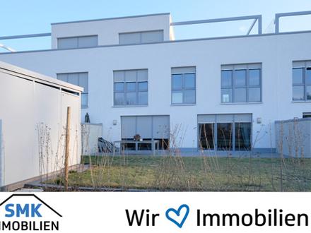 ** Modernes Reihenhaus im Bauhaus-Stil **