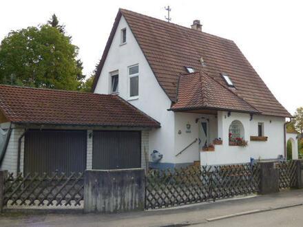 Kleines Wohnhaus mit Traumgrundstück im Lauchertal