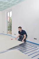 Wann lohnt sich eine Fußbodenheizung?