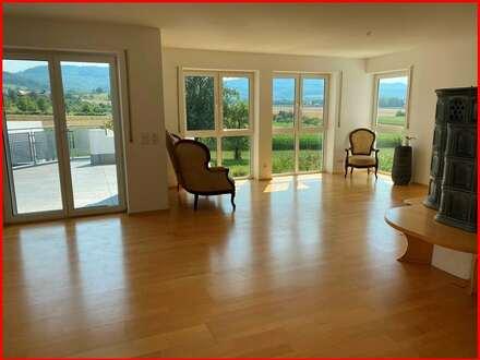 Moderner Wohntraum für die kleine Familie, mit EBK