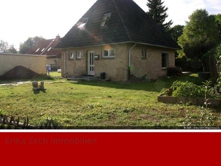 Vermietetes-EFH mit Potenzial in 23795 Klein Rönnau