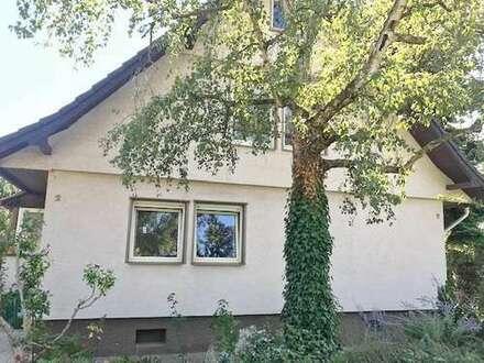 BAYER Immobilien GmbH:Freistehendes Einfamilienhaus in grüner u. ruhiger Wohnlage von MZ-Mombach