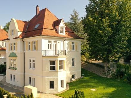 Wohnen oder Arbeiten in einer der schönsten Jugendstil Villen - Baujahr 1911 - 300m² Wohnfläche