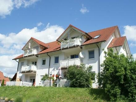 Ideal für Kapitalanleger: Bildschöne 3-Zimmer-Eigentumswohnung mit Balkon und Stellplatz