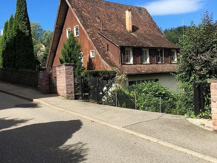 Große Kreisstadt Calw im Schwarzwald: Großes Mittelgrundstück in exclusiver Lage