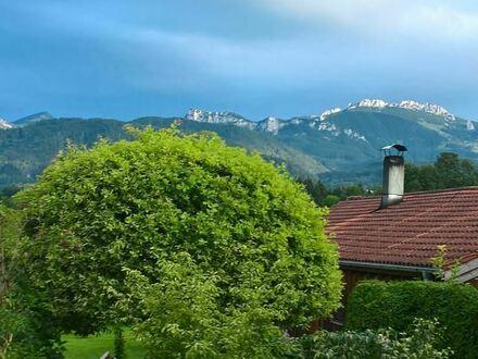 Wohntraum in der Chiemseegegend mit unverbaubarem Bergblick!