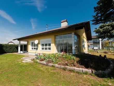 Klagenfurt - Welzenegg: Gepflegter Bungalow mit Nebengebäude in sonniger Lage