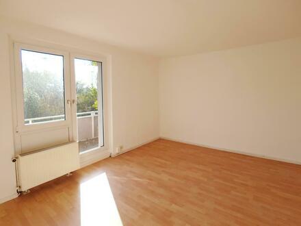 Gönnt Euch eine Auszeit auf dem Balkon Eurer neuen 3 Zimmer Wohnung! Mit Einbauküche*