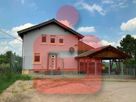 Ehemaliges Bahnwärterhaus mit viel Platz für kreative Ideen!