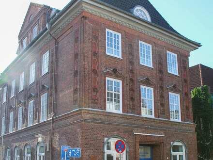 Historisches Architektenhaus mit attraktiver Büro/Gewerbefläche