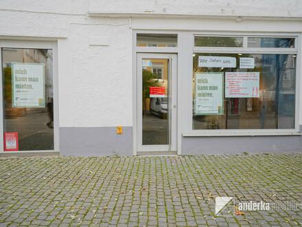 Hier werden Sie gesehen! Vielseitig nutzbare Ladenfläche auf dem Günzburger Marktplatz zu vermieten!