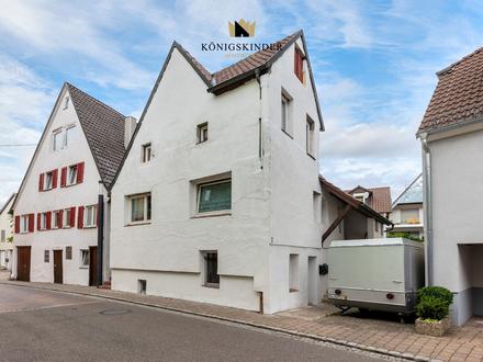 Achtung Kapitalanleger: Rentables Mehrfamilienhaus mit Potenzial in Cleebronn zu verkaufen