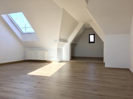 individuelle Maisonette-Dachgeschoss-Wohnung in Schloßchemnitz mieten - sofort verfügbar!