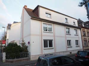 Stattliches Mehrfamilienhaus mit Bebauungsmöglichkeit in ruhiger Wohnlage