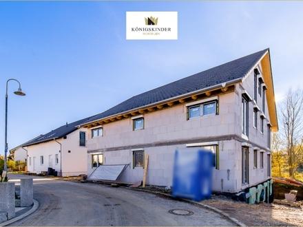 Neubau in Eislingen: Modernes 3-Familienhaus mit Stellplätzen
