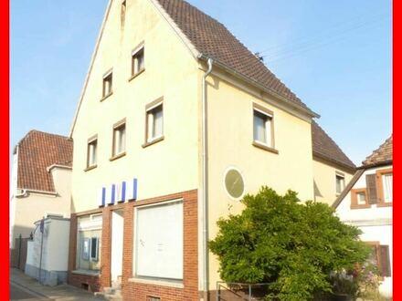 Ehemaliges Wohn-/Geschäftshaus mit viel Platz und Ausbaupotential