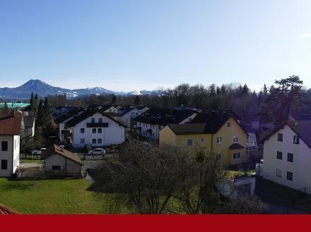 Panoramablick in Freilassing: Moderne 3-Zimmer-Wohnung mit Südbalkon!