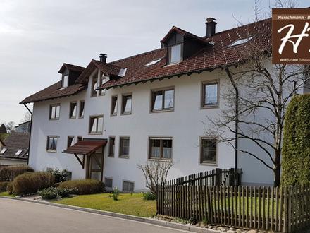 TOP Gelegenheit! 4-Zimmer TRAUM-Mietwohnung in Oberbeuren inkl. Einbauküche sowie 2 TG-Plätzen