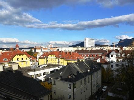 Großzügige Dachgeschosswohnung in Salzachnähe