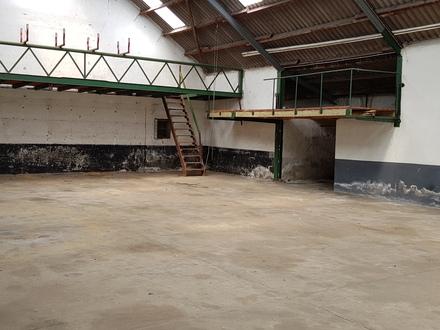 Lagerhalle in Steinweiler zu vermieten