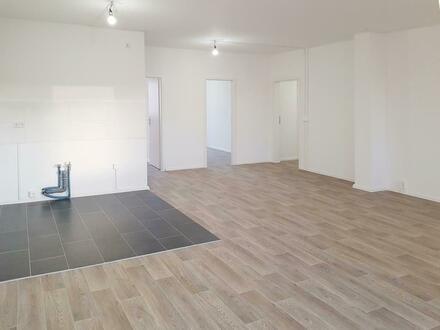 Helle 3 Raum Wohnung mit einzigartigem Grundriss