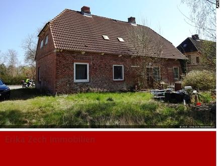 Großes Grundstück mit Altbestand in 24329 Rantzau