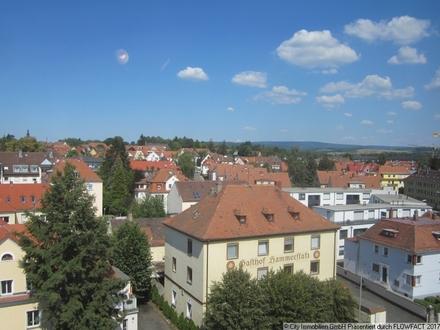 Blick über Bayreuth! Zentrale Lage, gute Parkmöglichkeit, durchdachter Grundriss!
