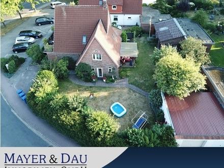 Rastede: Zweifamilienhaus mit großem Garten (Objekt-Nr: 4349)