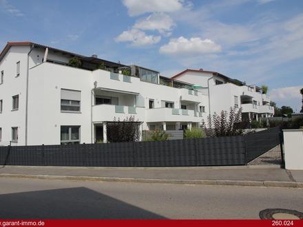 Praktisch neuwertige 2 Zimmmer-Wohnung in Alburg mit ca. 69 qm
