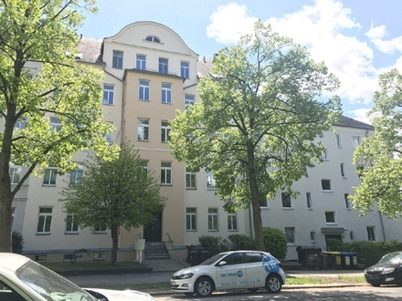 Schloßchemnitz ruft!!! 3- Zimmerwohnung mit Einbauküche und Balkon