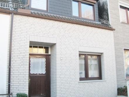 CITYNAH WOHNEN - HB Walle schnuckeliges Stadthaus mit idyll.Hofgarten….. sehen & einziehen