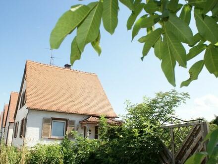 Renoviertes Wohnhaus in begehrter Wohnlage