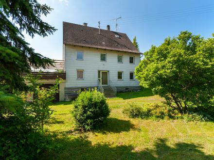Ideal für Handwerker! Sanierungsbedürftiges Einfamilienhaus mit tollen Grundstück!