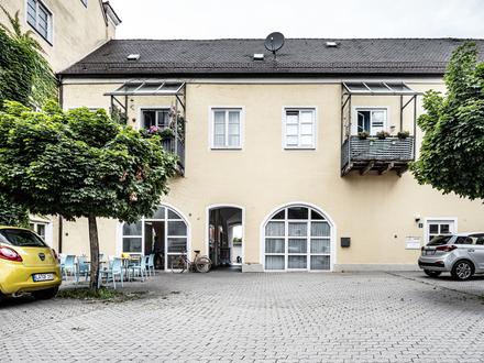 Großzügige 3-Zimmer-Wohnung im Schloss Wörth in Wörth an der Isar