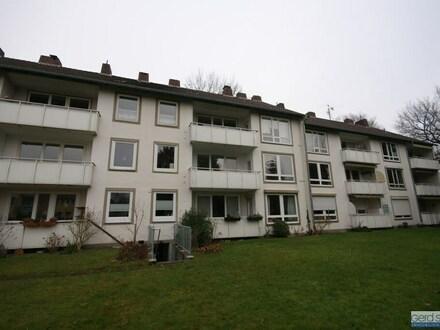 Helle, stadtnahe Wohnung, Güstrower Weg 9, OL - Bürgerfelde.