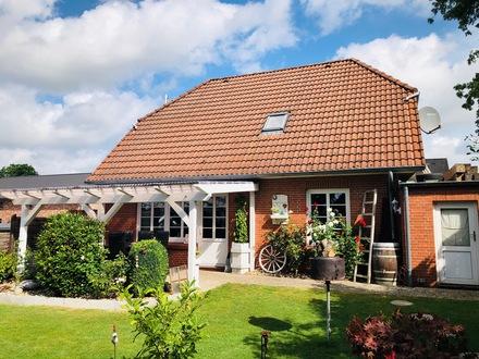 Top gepflegtes u. zentral gelegenes Einfamilienhaus in Mildstedt