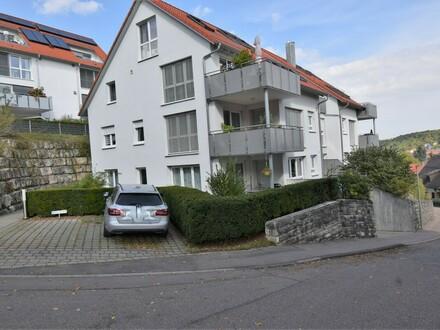 Moderne 4,5 Zimmer Wohnung mit 2 Terrassen und Gartenanteil