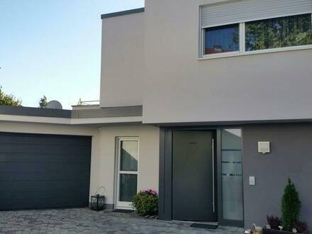 Schickes Einfamilienhaus in bester Lage von Aschaffenburg-Godelsberg