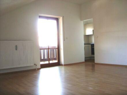 1-Zimmer-Wohnung mit Einbauküche in Bad Griesbach ab 01.12.2021 (oder früher)